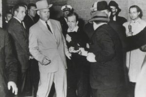 Assassination-Ruby Shoots Oswald
