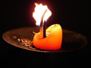 Immortality-pic of a dying candle